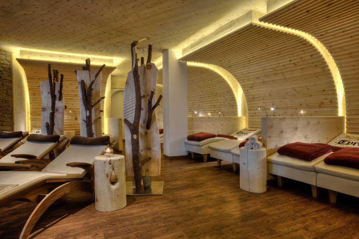 quelle der w rme spa in tirol wellnesshotel tyrol. Black Bedroom Furniture Sets. Home Design Ideas